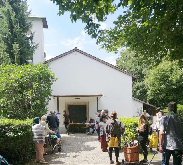 Münchner Tafel Ausgabestelle Freimann Michaelskirche